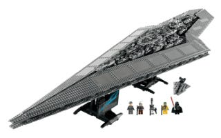 Illustration for article titled Lego's Four-Foot Super Star Destroyer Executor Will Be Longest Official Set Ever Sold