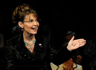Illustration for article titled Former Spokeswoman Admits To Being Unable To Control Palin's Message