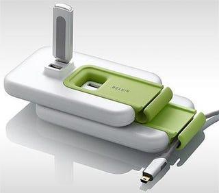 Illustration for article titled Belkin F5U307 Creates Cascading USB Sandwich