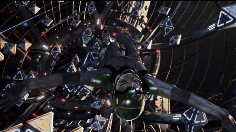 Illustration for article titled I spy Flash Pistols in Ender's Game Battle Room