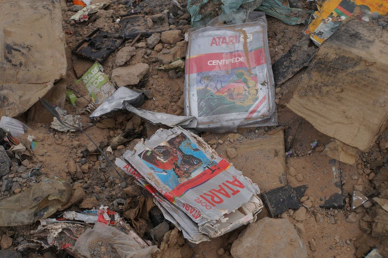 Illustration for article titled Awesome Photos From The Atari Landfill