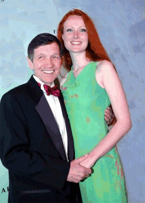 Illustration for article titled Six Things You Somehow Didn't Already Know About Dennis And Elizabeth Kucinich's Beautiful Love