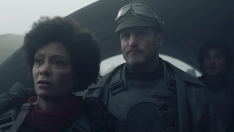 Val (Thandie Newton), Tobias (Woody Harrelson), and Han (Alden Ehrenreich) in Solo: A Star Wars Story.