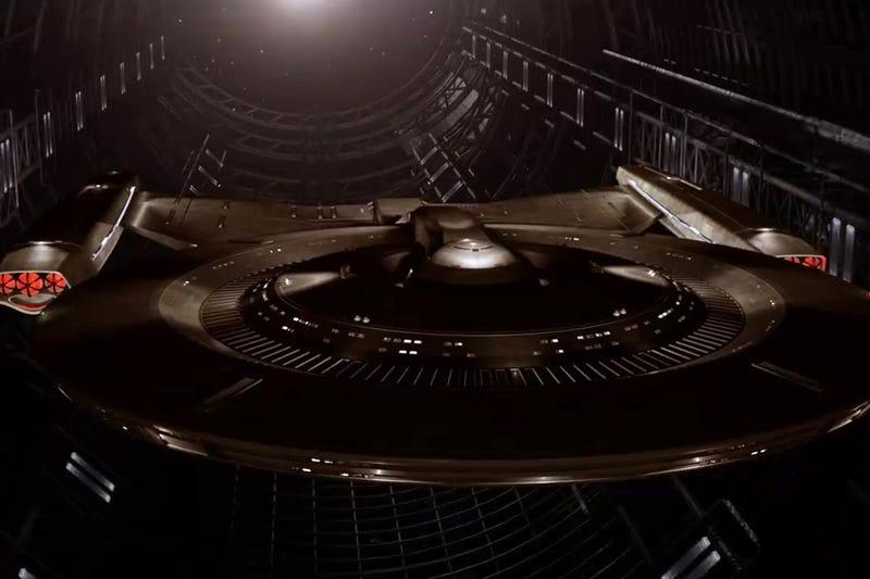 Illustration for article titled Star Trek: DiscoveryHas Lost Bryan Fuller as Showrunner