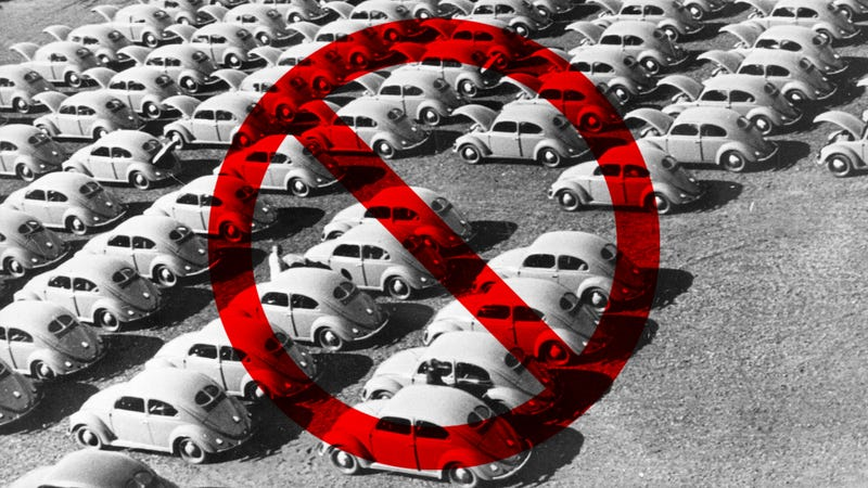 Illustration for article titled Henry Ford II Told The British The VW Beetle Was A Piece Of Junk