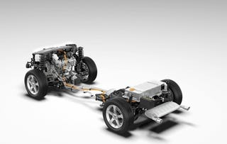 Illustration for article titled GM Debuts Second Generation Hybrid System, Slightly Less Mild