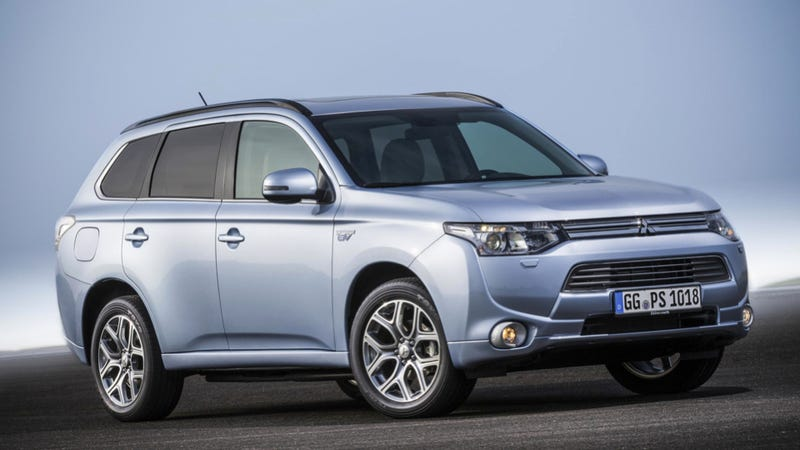 Illustration for article titled Mitsubishi Outlander Plug-In Still Coming To America... Eventually