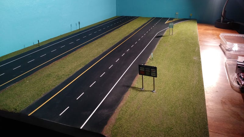 Illustration for article titled Highway Diorama is done!