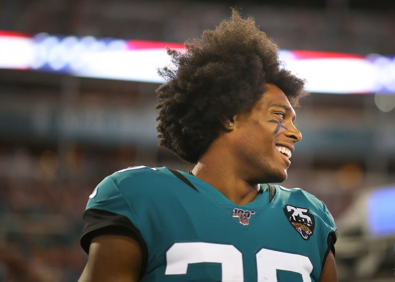 Illustration to an article by Jalen Ramsey had an event of the week not playing football. Ramsey requested a trade from Jacksonville, and it does not appear to be closer to making that request today than it was last Monday. This created a lot of confusion about the team: Is Ramsey still an active member of the Jaguars or not? </p> <p>  Ramsay doesn't play at Jacksonville's victory over the Titans on Thursday night, which makes sense because he made his request a few days earlier and it looks like the Jaguars will be able to do something before the weekend ends. But if any trade negotiations continue, they are late, and Ramsay was still a Jaguar on Sunday night. Here's what has happened since: </p> <ul> <li>  Late Sunday night, Ramsey called Jaguars staff and <a href=