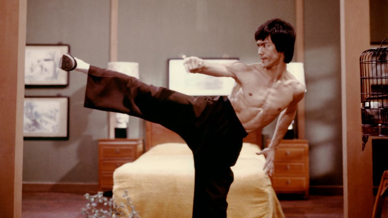 Illustration for article titled Deadpool 2's David Leitch might direct a remake of Bruce Lee's Enter The Dragon