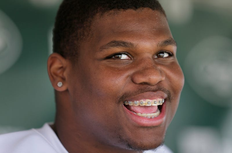 """Illustration for article titled Jets Rookie Quinnen Williams: """"I'mma Go Play With Myself Today ... That Came Out Weird"""""""