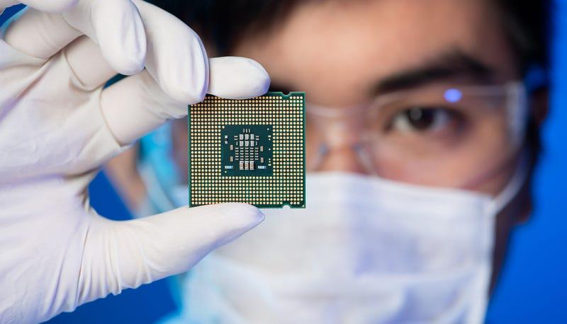 La Ley de Moore se tambalea: Intel abandona el tick-tock definitivamente