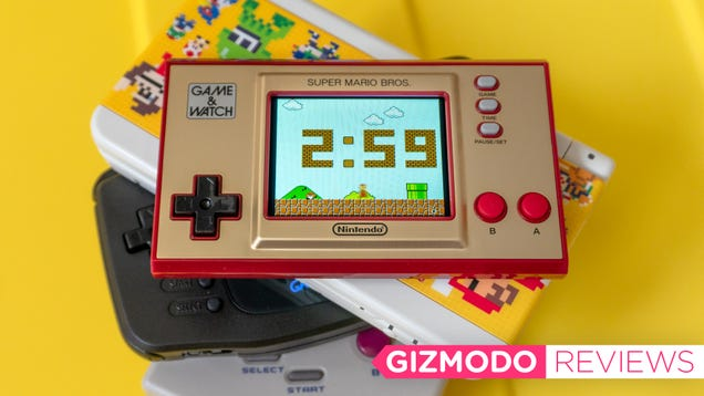 Nintendo s Adorable Retro Handheld Would Be Perfect With More Games