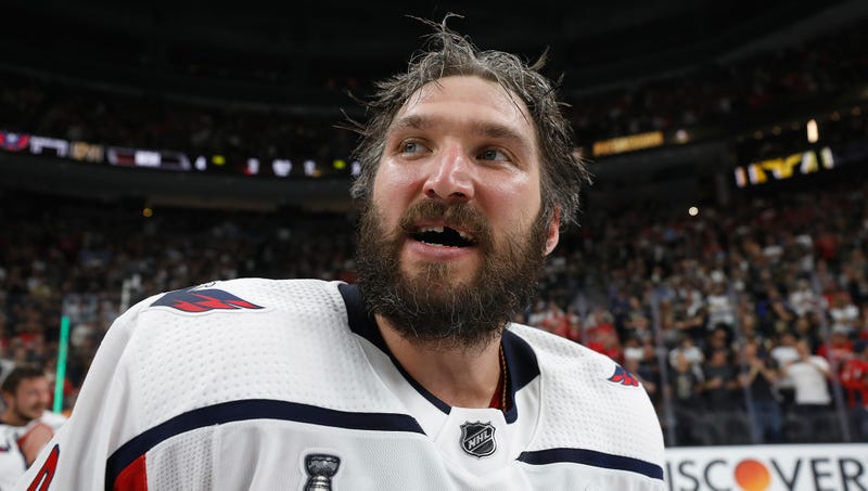 Illustration for article titled Ovechkin Hopes To Inspire Other Athletes To Power Through Month-Long Bender