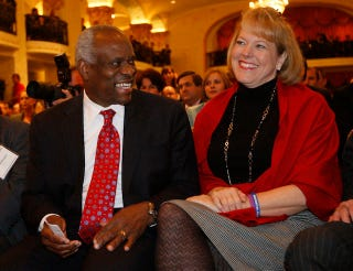 Illustration for article titled Clarence Thomas Is Not An Idiot