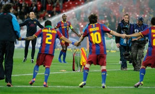 Illustration for article titled FC Barcelona Proved They Were The Best Team In All Of Professional Sports Yesterday