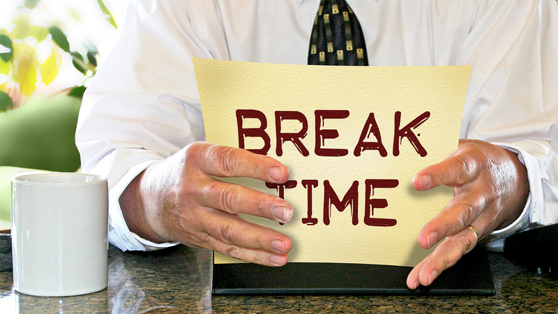 Illustration for article titled Take Your Work Breaks Earlier in the Day for a More Productive Day