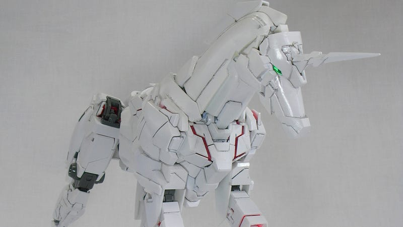 Illustration for article titled Behold: A Unicorn Gundam