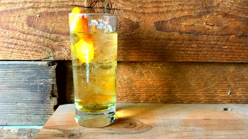 3-Ingredient Happy Hour: A Swingin' Carthusian Cooler