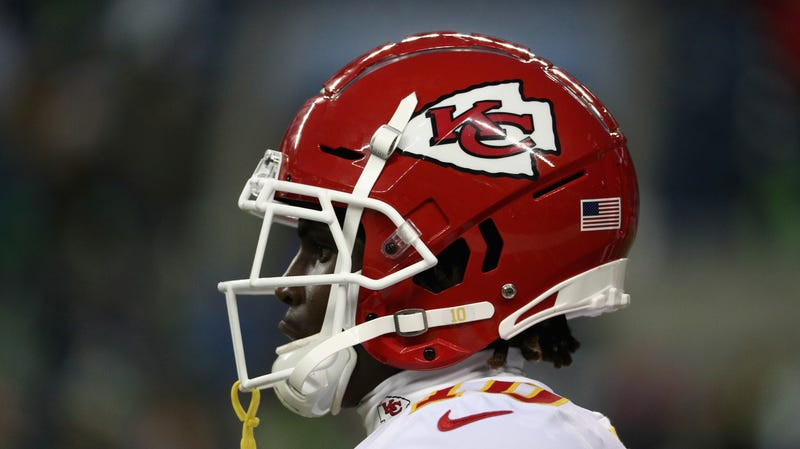 Of Course Tyreek Hill Got A Contract Extension