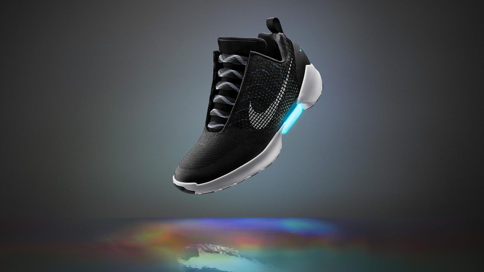Las zapatillas de Nike que se atan solas se pondrán a la venta el 28 de noviembre