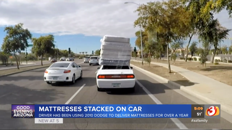 Illustration for article titled If Hauling a Half-Dozen Mattresses Atop a Dodge Challenger Is Wrong, I Don't Want to Be Right