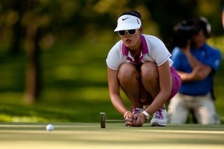 Illustration for article titled Michelle Wie Keeps He Eye On The Ball