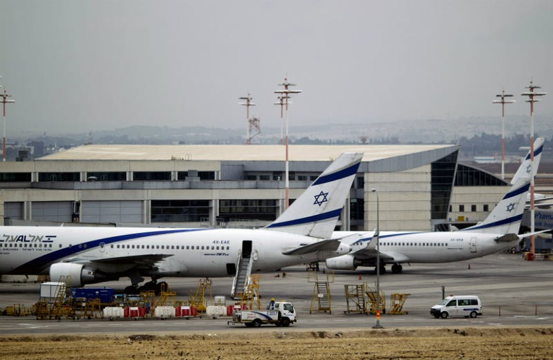 Illustration for article titled Ultra-Orthodox Men's Refusal to Sit Next to Women Delays Flights