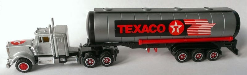 Illustration for article titled Reunited with an old friend - Majorette Kenworth Texaco semi
