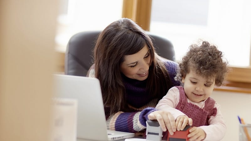 Illustration for article titled New Moms Can Definitely Run a Tech Start-Up, No Big Deal