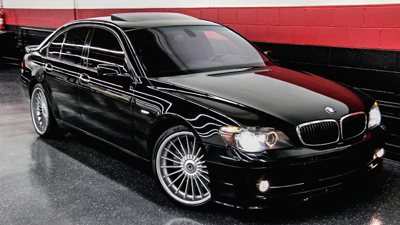 Illustration for article titled This 500-HP Supercharged BMW 7-Series Is Cheaper Than A Damn Ford Taurus