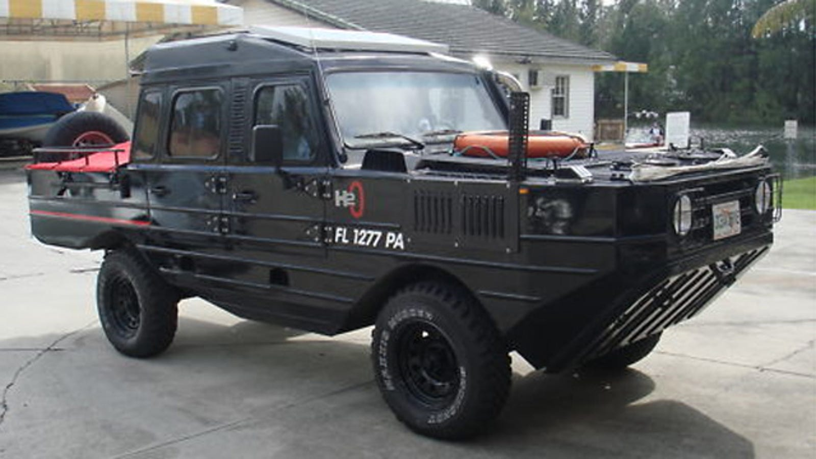 Custom amphibious vehicle on Ebay is more functional than