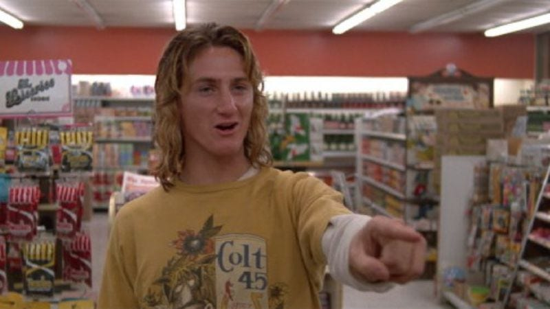 Illustration for article titled Sean Penn will attend a Fast Times At Ridgemont High reunion