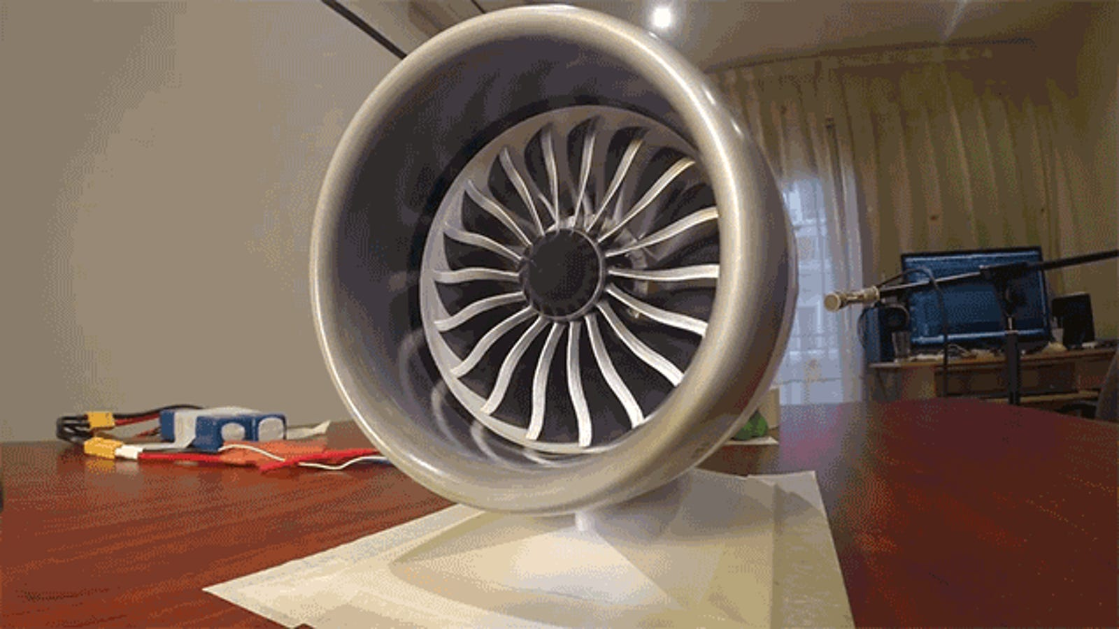 This 3D-Printed Working Model of a 787's Jet Engine Has Impressive