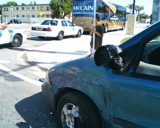 Illustration for article titled John McCain's Now Not-So-Straight Talk Express Crashes Into Minivan In Miami