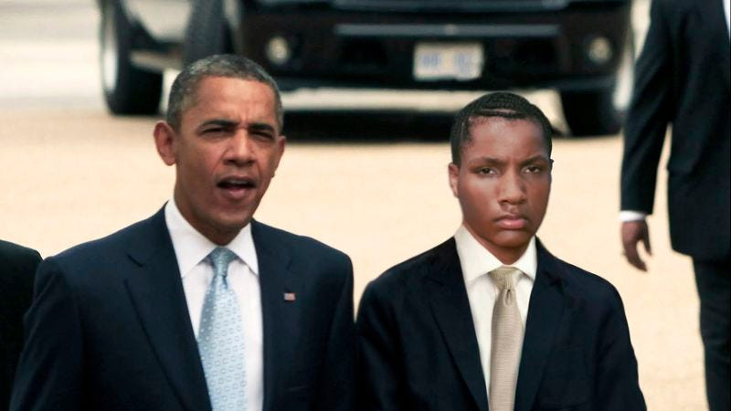Illustration for article titled Obama's 19-Year-Old Son Makes Rare Appearance At DNC
