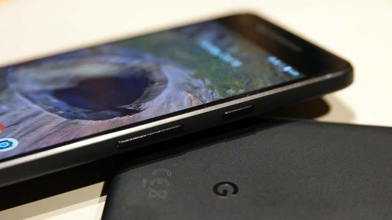 Illustration for article titled A Google ya no le quedan sorpresas: ahora se ha filtrado el Pixel 3 desde todos los ángulos
