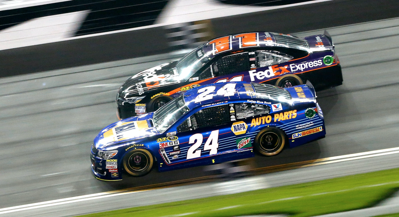 Chase Elliott, No. 24, and Denny Hamlin, No. 11, who won Thursday's Can-Am Duels. Photo credit: Brian Lawdermilk/Stringer/Getty Images