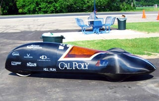"""Illustration for article titled Student-Built """"Black Widow"""" Racer Gets 2,752 Miles Per Gallon"""