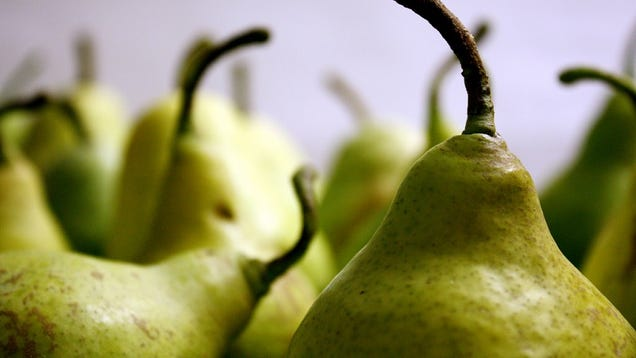Find a Perfectly Ripe Pear by Pushing On the Stem End