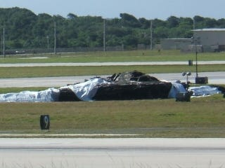 This is What a Wrecked $1 2 Billion B-2 Bomber Looks Like