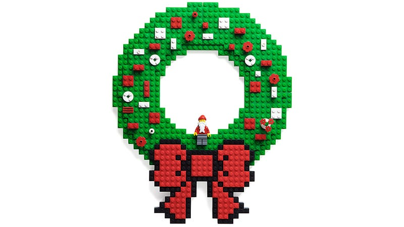 Illustration for article titled You Can Redecorate This Lego-Friendly Wreath As Often As You Like