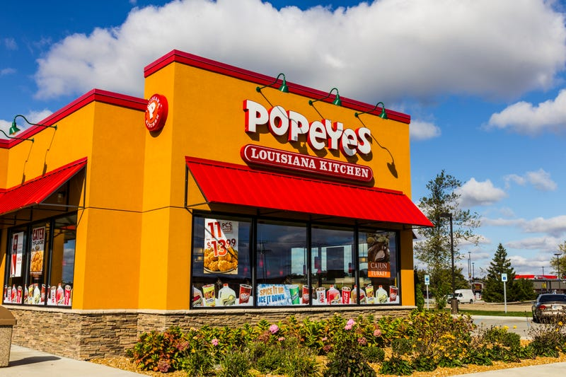 Illustration for article titled 'It Consumes You': Tennessee Man Sues Popeyes for Running Out of Beloved Chicken Sandwich