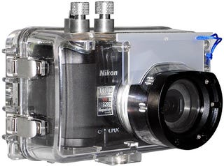 Illustration for article titled Fantasea FP-5000 Underwater Housing Keeps Nikon Coolpix P5000 Dry