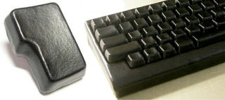 Illustration for article titled Gokukawa Leather Keyboard Provides Buttery Soft Typing Experience