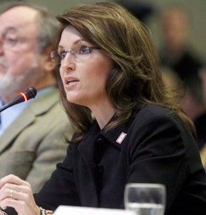 Illustration for article titled Sarah Palin Hates Alaska, Abortion Equally