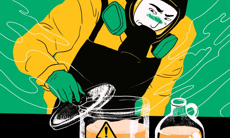 The Health Risks of Brewing Kombucha, and How to Do It Safely