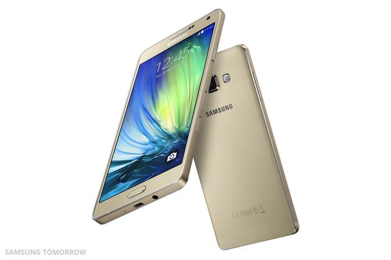 Samsung desvela oficialmente su nuevo smartphone metálico Galaxy A7