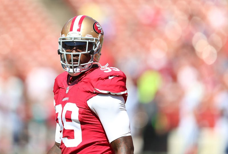 Illustration for article titled 49ers Linebacker Aldon Smith Detained At LAX After Bomb Mention
