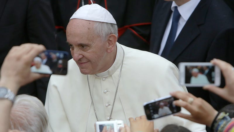 Illustration for article titled Jokester Pope Cracks a Couple Good Ones Instead of Talking Misogyny
